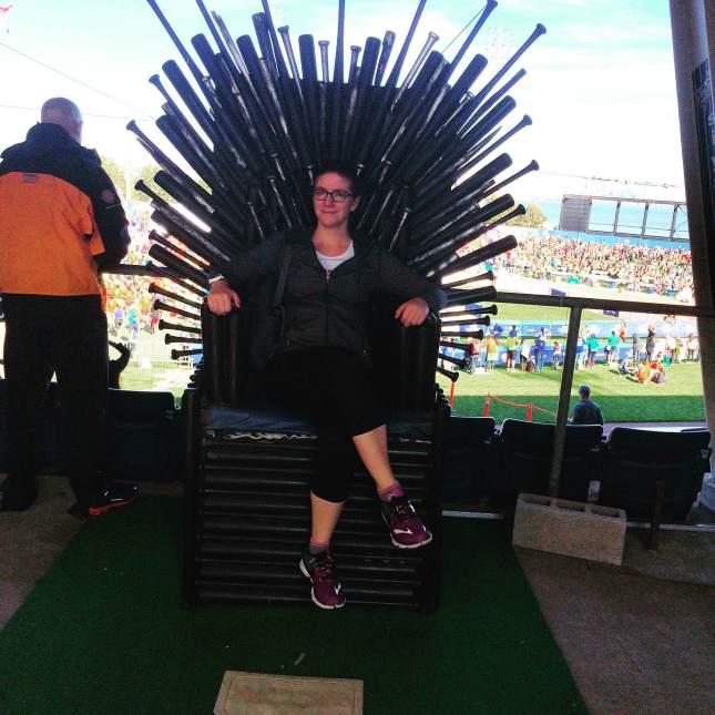 SI throne
